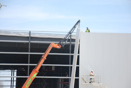 Erecting a Steel Building